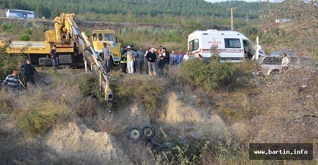 Traktör Kazası: 2 Ölü, 1 Yaralı