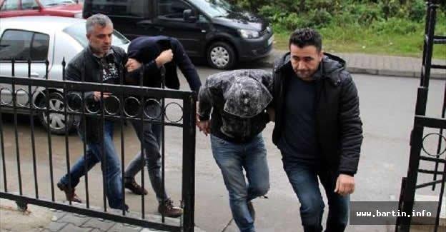 Bonzai ile yakalanan 4 kişiden 3'ü tutuklandı