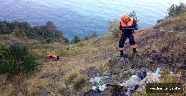 Manzara izlerken uçuruma yuvarlanan işçi yaralandı