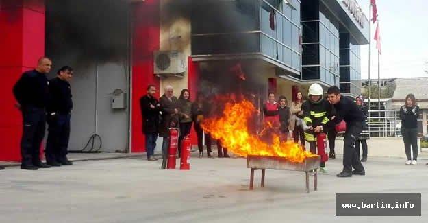 Sağlık Personeline Yangın Eğitimi