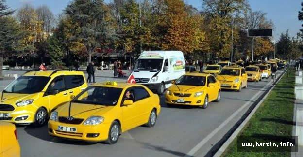 Taksiciler Öldürülen Meslektaşları İçin Eylem Yaptı