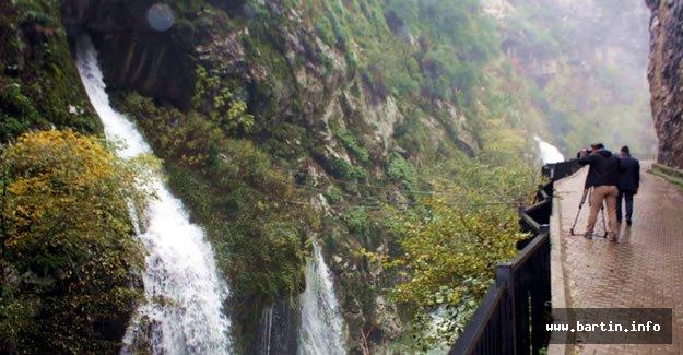 TRT, Ulukaya Şelalesi'nde Çekim Yaptı