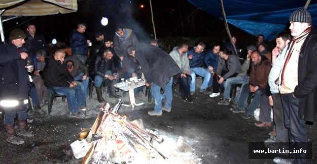 Termik santralde kadro için eylem yapan taşeron işçiler işten çıkartıldı