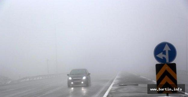 Bolu Dağı'nda sis ulaşımı yavaşlattı