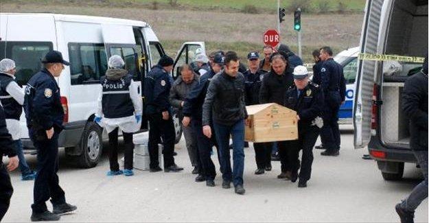 Polis memuru, direksiyon başında canına kıydı