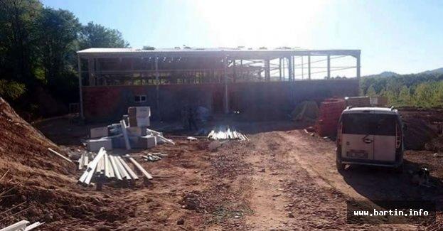 Bartın'da fabrika inşaatından düşen işçi öldü