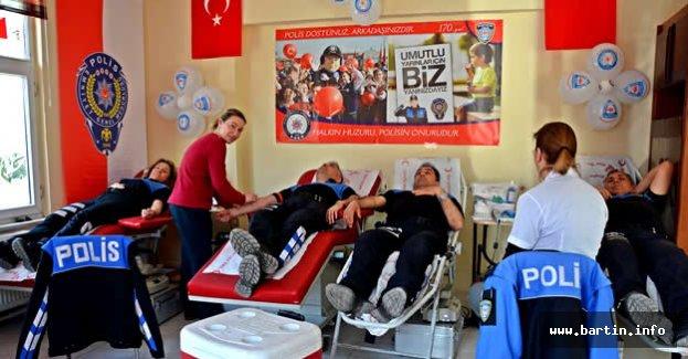 Bartın Polisinden Kan Bağışı
