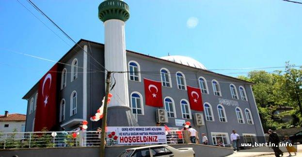 Geriş Köyü Camii İbadete Açıldı