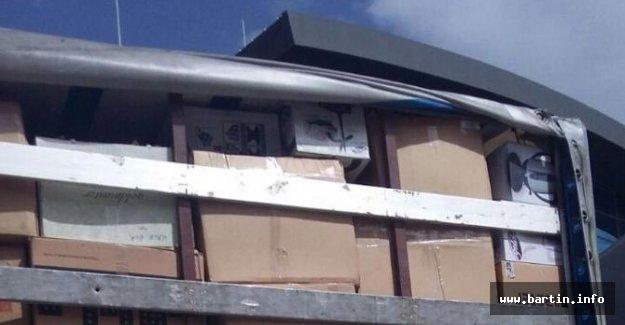 Kargo kamyonunda 500 Bin TL'lik kaçak malzeme