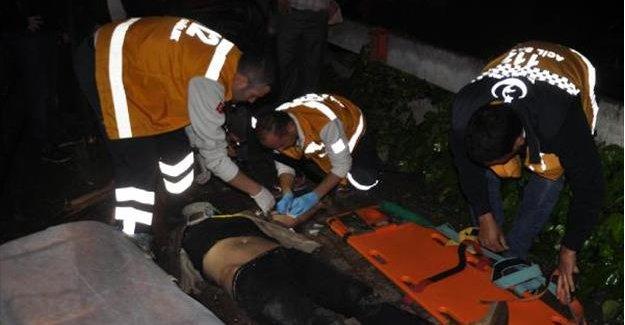 Otomobil 20 metreden bahçeye uçtu: 1 ölü, 1 yaralı
