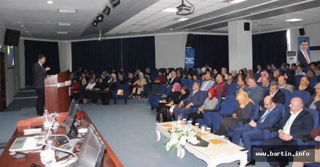 Tunç Kocaeli'de Başkanlık Sistemini Anlattı