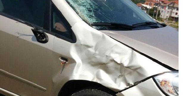 Otomobil çarpan yaya öldü