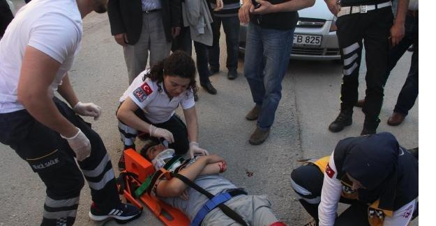 Otomobilin çarptığı engelli genç yaralandı