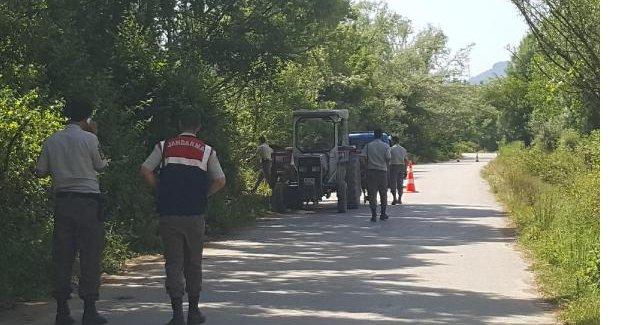 Traktörüyle tarlaya giderken av tüfeğiyle vuruldu