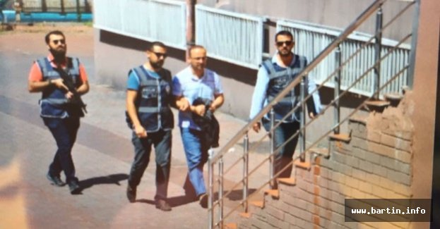 Gözaltına Alınan Vali Yardımcısı Adliyede
