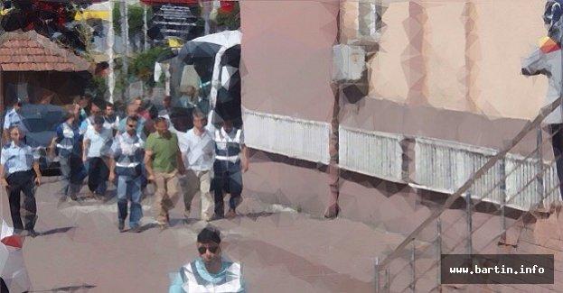 Bartın'da 10 Kişi Tutuklandı, 4 Kişi Aranıyor