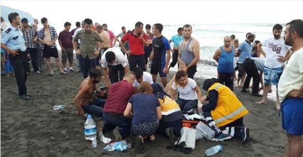 Denizde kaybolan çocuğu ararken, boğularak hayatını kaybetti