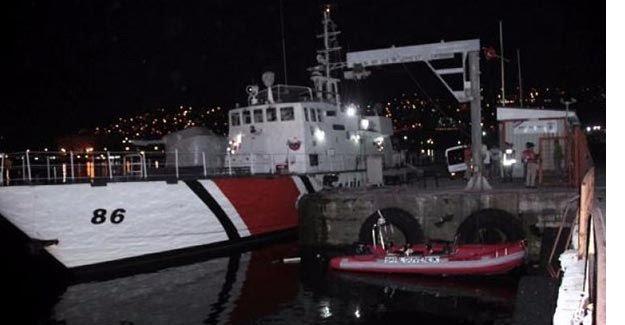 Sahil güvenlik gemisinde görevli 10 asker gözaltına alındı