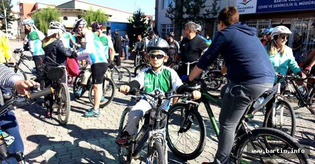 Bartın'da Şehir İçi Bisiklet Turu