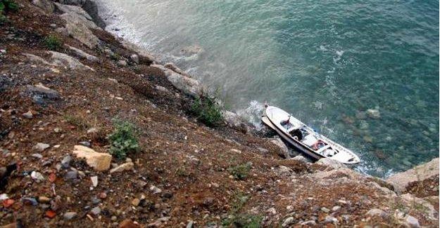 Kalp krizinden ölen balıkçının teknesi kıyıya vurdu
