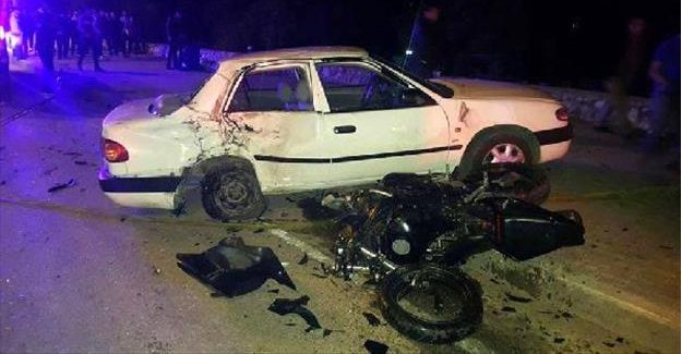 Motosikletiyle otomobile çarpan rafting eğitmeni öldü
