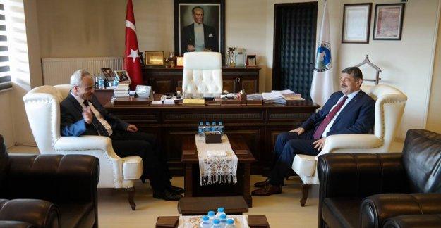 Vali Dirim Başkan Akın'ı Ziyaret Etti