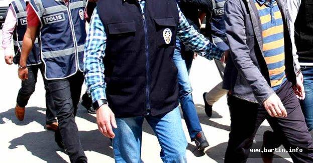 Bartın'da 1 Savcı ve 2 Öğretmen Tutuklandı