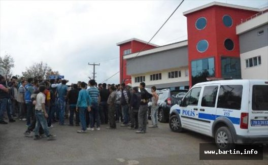 Müteahhit ile okul sahibi arasındaki tartışmaya polis müdahalesi