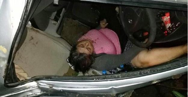 Otomobil 50 metrelik uçuruma yuvarlandı: 2 yaralı