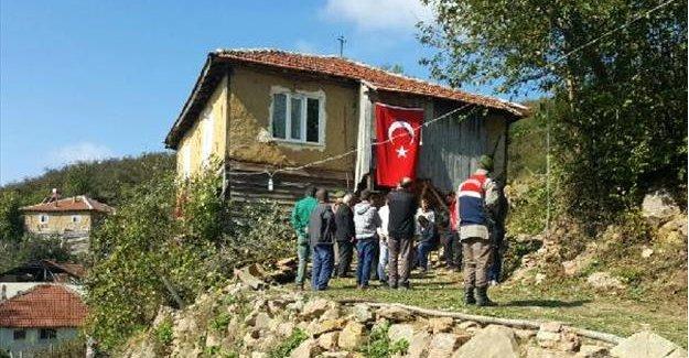 Şehit er Erkan Özdemir'in memleketi Düzce'de yas