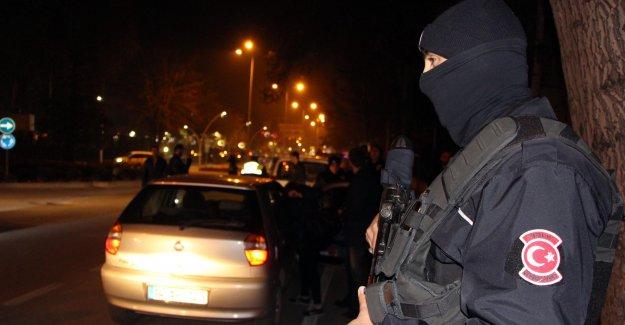 100 polisle huzur operasyonu
