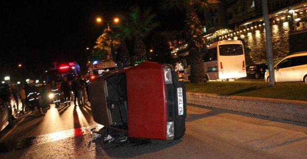 Alkollü sürücünün kullandığı otomobil devrildi: 3 yaralı