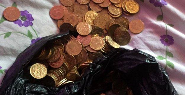 Sahte altın sikke sattığı kişilerce kaçırıldı