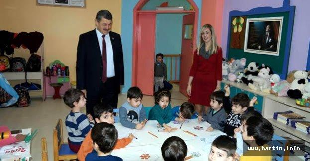 Başkan'dan Miniklere Ziyaret