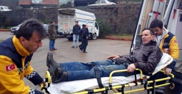 Hibe angusun teptiği çiftçi yaralandı