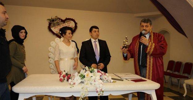 Başkan, Banu ve Cihan'ın Nikahını Kıydı