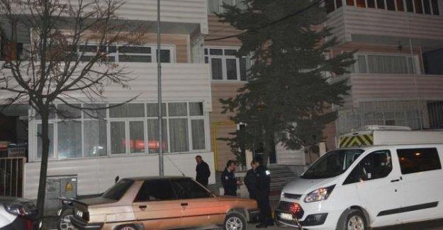 FETÖ'den açığa alınıp göreve iade edilen polis canına kıydı