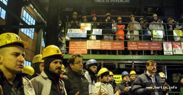 Madende ölen 8 işçi dualarla anıldı