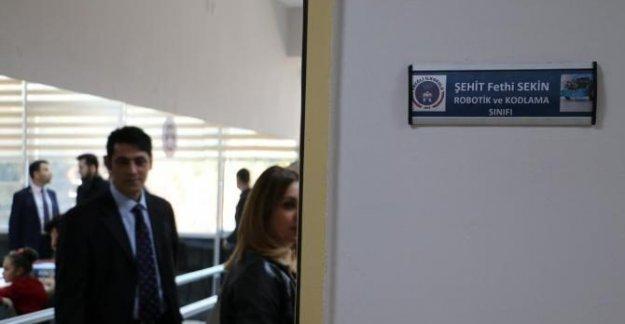 Şehit polis Fethi Sekin'in adı sınıfa verildi