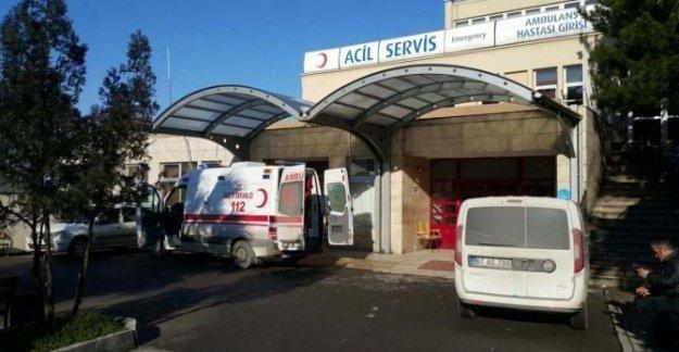 Üzerinden otomobil geçen işçi yaralandı