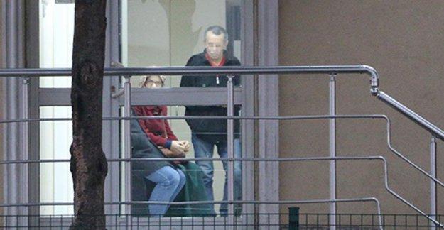 Dedesinin satmak istediği bebek korumaya alındı