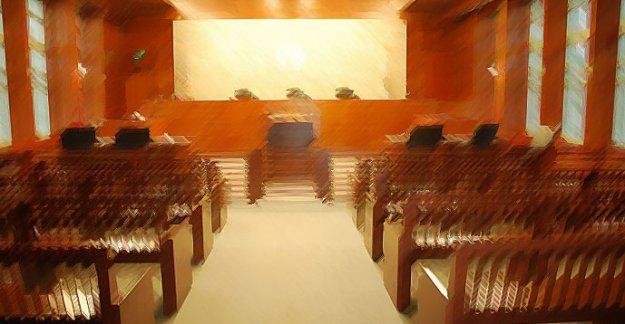 10 askerin yargılandığı FETÖ davasında ara karar