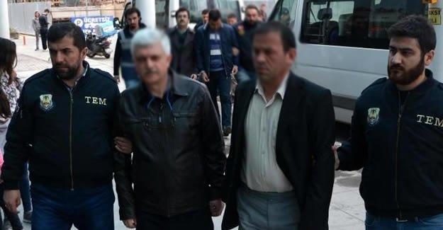 3 ilde FETÖ operasyonu: 14 gözaltı