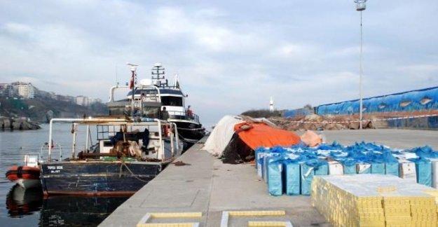 Balıkçı Teknesine Operasyon