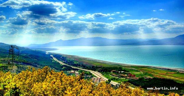 Göller Bölgesinin Nazlı Güzeli: BURDUR GÖLÜ