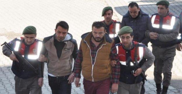 Uyuşturucu ile yakalanan 5 kişi tutuklandı