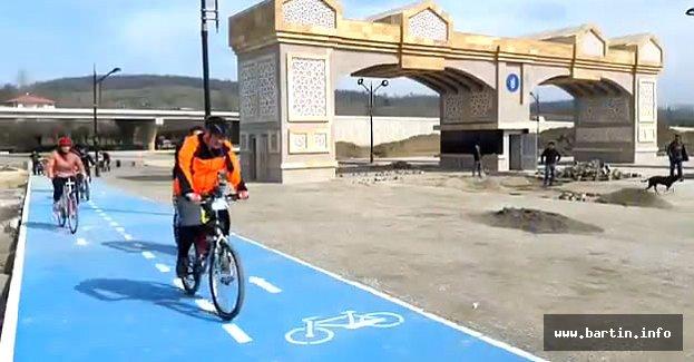 Yeni Kampüsün Bisiklet Yolunda Test Sürüşü