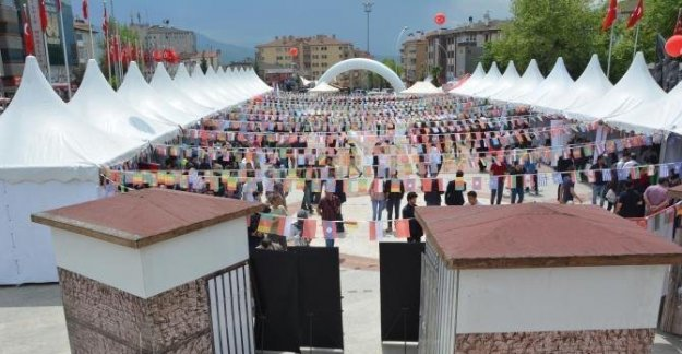 46 ülkenin öğrencileri buluştu