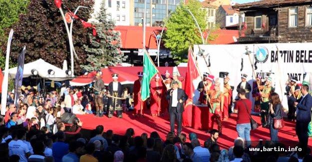 Bartın'da Çilek Festivali Coşkusu