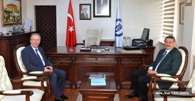 Başkan Akın'dan Rektör Uzun'a tebrik ziyareti